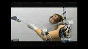 Маймуна С Роботизирана Ръка