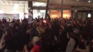 Портланд на бунт срещу Тръмп, изгориха американския флаг
