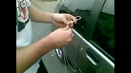 Как се отключва кола без ключ за 10 сек.