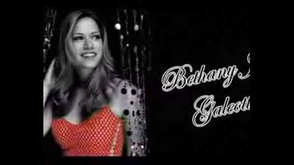 Bethany Joy Galeotti (Haley James Scott)