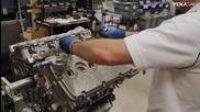 Как се сглобяват двигателите на поточната линия на легендарните автомобили
