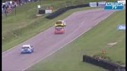 Gronholm sur deux roues en rallycross britannique!