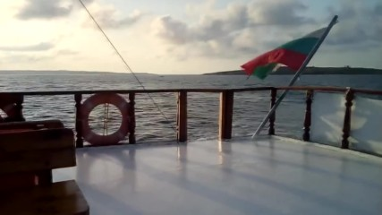 С корабче из Созополските брегове