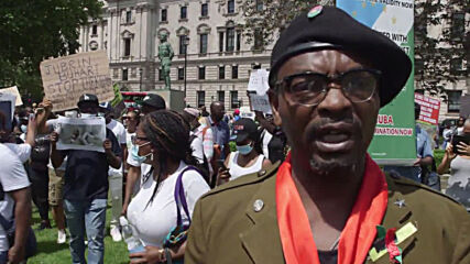 UK: Hundreds of Nigerians march in London against Buhari's govt on 'Democracy Day'