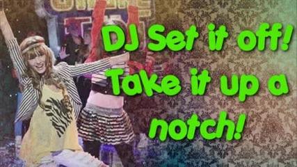 Selena Gomez - Shake It Up + lyrics