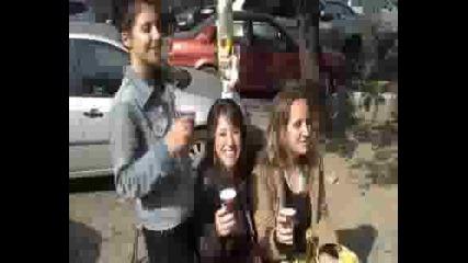 Валя, Мими, Таня И Nescafe 3in1