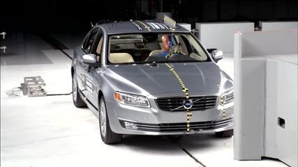 2014 Отличникът по безопасност на краш тест Volvo S 80