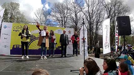 София кара колело и тича за по-чист въздух-велошествие ! Tombola part. 1