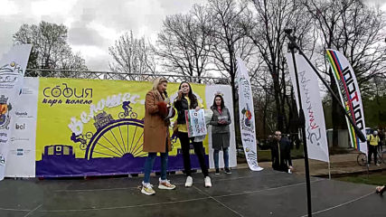 София кара колело и тича за по-чист въздух-велошествие ! Tombola part. 3