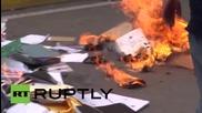 Учители подпалиха изборни бюлетини в Мексико