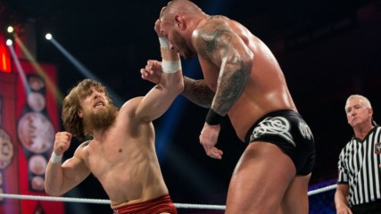 Randy Orton vs. Daniel Bryan – WWE Title Match: WWE Night of Champions 2013 (Full Match)