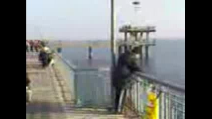 Рибари На Бургаския Мост
