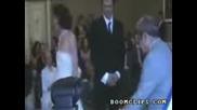 Нервен младоженец