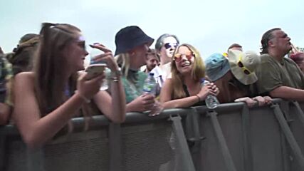 UK: 40,000 music lovers finally boogie at Tramlines festival in Sheffield