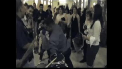 Sunny Band v Colleferro (italia) - Kiro kiu4eka