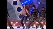 Shahrukh Khan Deepika Arjun Kareena Live 2007.flv