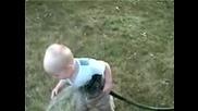 Бебе Пие Вода От Маркуча