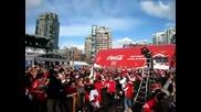 Канадските Фенове Се Радват На Гола На Сидни Кросби Във Финала Срещу Usa