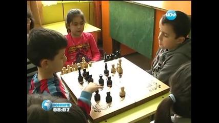 Първокласник грабна шампионска титла по шахмат