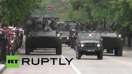 Русия: Войници репетират за парада за деня на победата в Севастопол