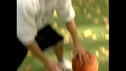 Британски баскетболен аматьор побеждава топ играч
