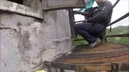 Тръпката да се изкачиш на върха на 360 метров комин !