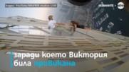 НА РЪБА: Модел увисна от 73 етаж за фотосесия, рискувайки живота си