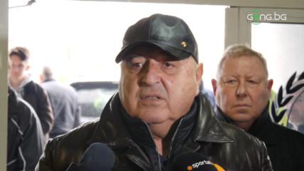 Венци Стефанов скочи на съдията след победата над Ботев Пд