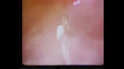 Queen - We are the champions + We will rock you
