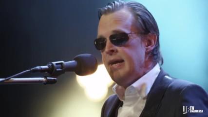 Living On The Moon - Joe Bonamassa // Live at Radio City Music Hall