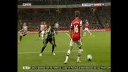 """""""Арсенал"""" е все по-близо до Шампионската лига след 3:0 над """"Нюкасъл"""""""