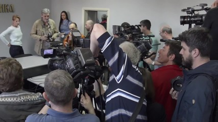 Serbia: Seselj holds defiant press conference following Hague acquittal