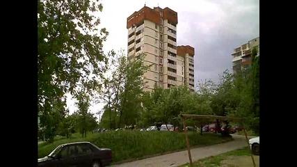 Вятъра във В. Търо събори билборд
