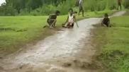 Индийска кална пързалка