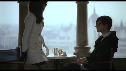 Превод !selena Gomez & The Scene - Round & Round Offical Hd 1080p