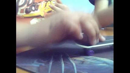 trickove s fingerboard