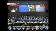 Излизане  в Открития Космос - Китайски  космонафт