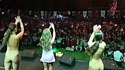 Турция избухва в ритъма на песента на Андреа ft. Otilia, Shaggy & Costi -