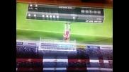 WELBECK показва на Messi как се прави