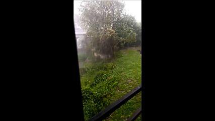 МОЯТА НОВИНА: Буря и градушка в село Краводер