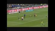 Най - смешния момент в историята на футбола - Футболист контузва 3ма без дори да ги ритне