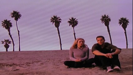 Chuck and Sarah Kiss Me Before You Go