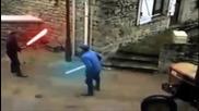Дядки се бият с лазерни мечове ;d