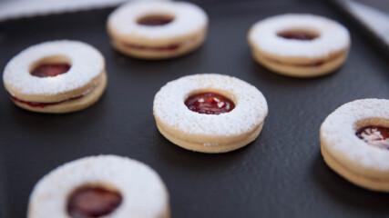 Бисквити със сладко | Гурме за всеки ден: Десерти | 24Kitchen Bulgaria