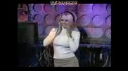 Памела Андерсън - Показаха И Се Гащичките, Танцува Секси