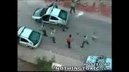Един Престъпик Пребива 6 От Полицията