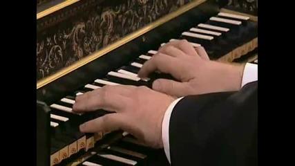 Й. С. Бах - Бранденбургски концерт No.3 - 2
