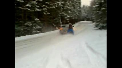 Екстремен начин да отпразнуваш първи сняг с Subaru Impreza
