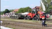 Може ли военната техника да бъде победена от някакъв си трактор! Умряха От Срам!