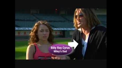 Miley споделя с mileyworld